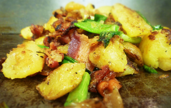 Bratkartoffeln (Pan Fried Potatoes w/ Onions & Bacon) $2.49